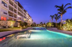 Beautiful 3 Bedroom 3 Bathroom unit at Alegranza with the amazing view of the whole bay of San Jose del Cabo.Financing offered40% Downpayment7% Fixed Interest Rate20 Year Loan