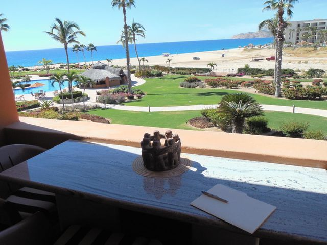 INCREDIBLE VIEWS from this fully furnished 1 BD 1-1/4 BA....just steps from the pool and beach with all the amenities of Casa del Mar Hotel & Golf Resort including 8 swimming pools, Jacuzzis, gym, spa, restaurants, tennis and championship golf.  This would make a great vacation/income property.  MUST SEE