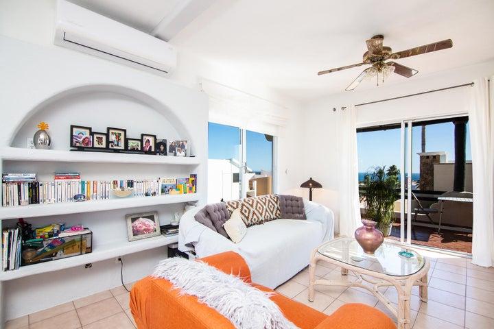 Unit 1A Living Area
