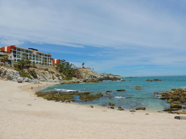 Walking distance to Cabo Bello Beach!