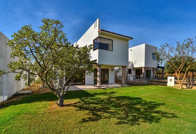 Casa Country Club Palo Blanco, Cabo Corridor,  23450