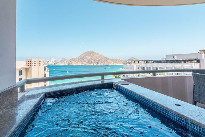 Bayview Suites Cabo Villas / Medano Beach Floor 2, Cabo San Lucas,  23450