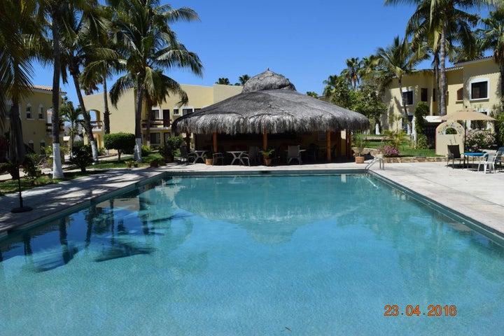 main pool at Misiones