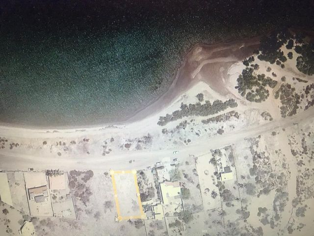 LOT FOR SALE WITH BEACH VIEW