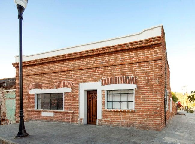Casa Pueblo Av Juarez y Alvaro Obregon 23300, Pacific,  23450