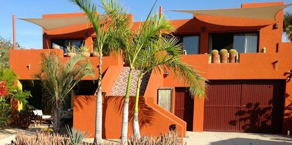 Casa Maisie in Hermosa Vista, East Cape,  23450