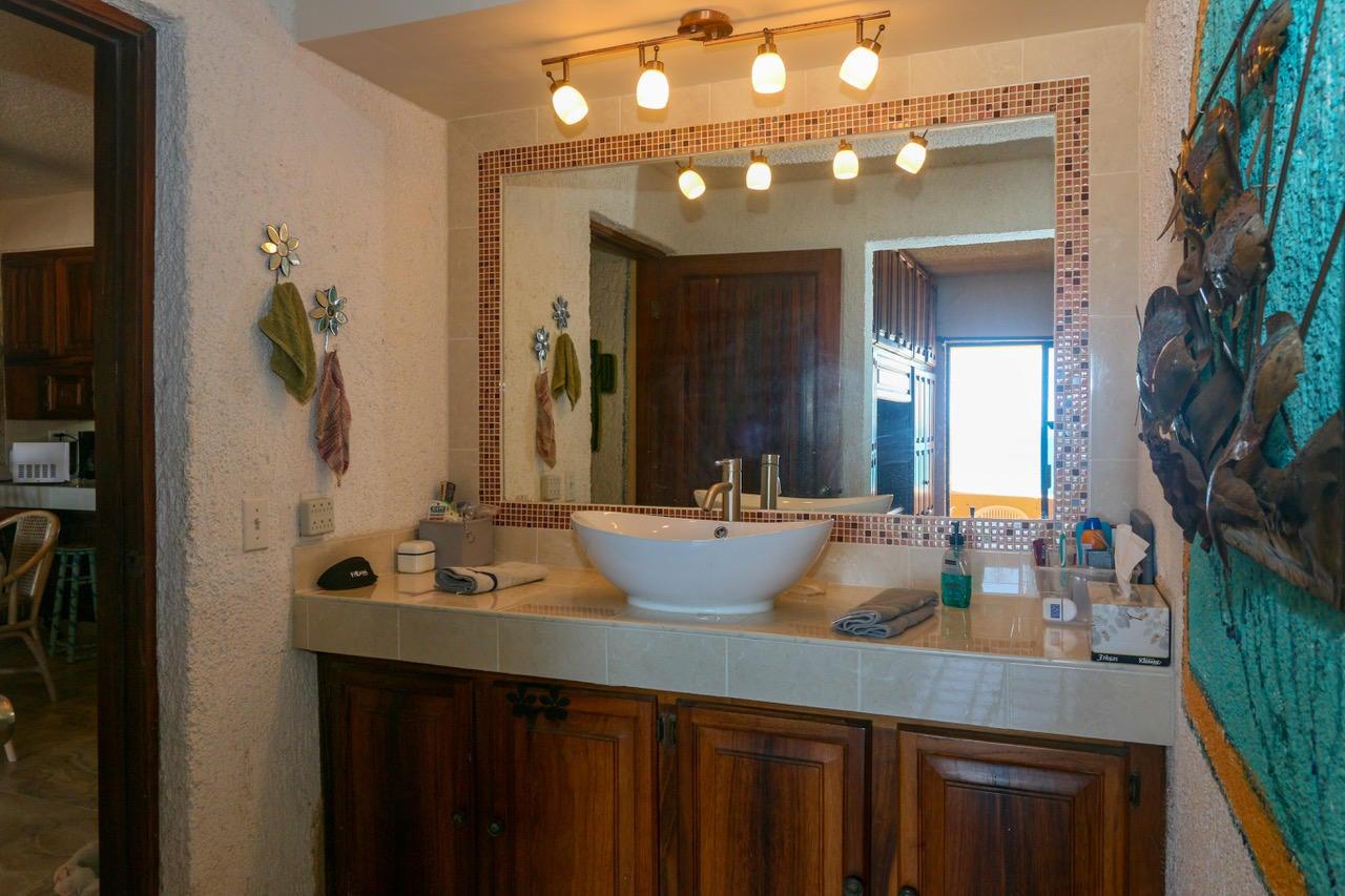 bathroom vanity2