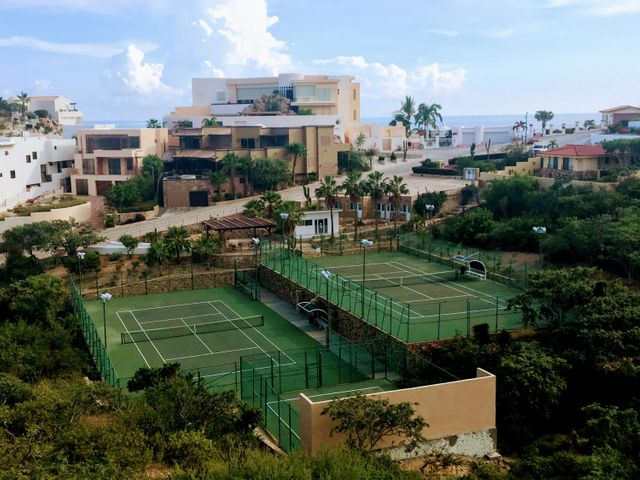 Pedregal Tennis and Pickleball Courts