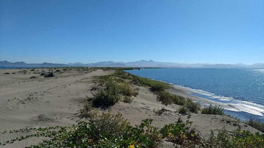 Playa a Bahia La Paz