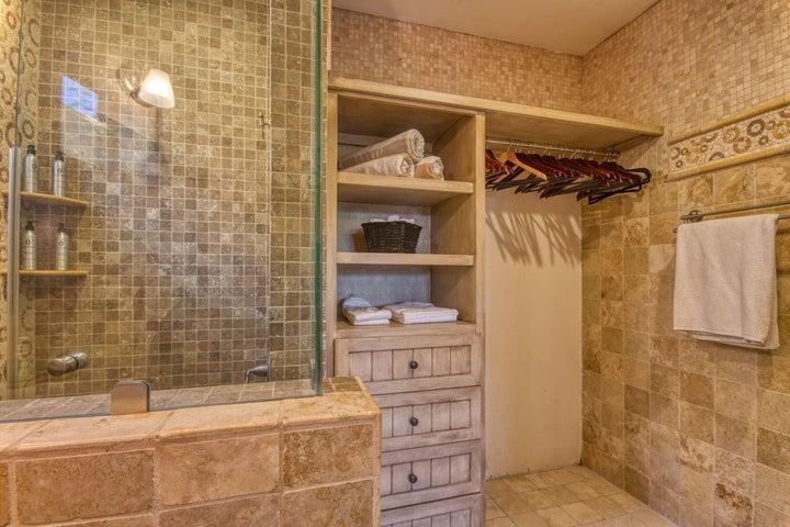 Guest Bath with Custom Tile
