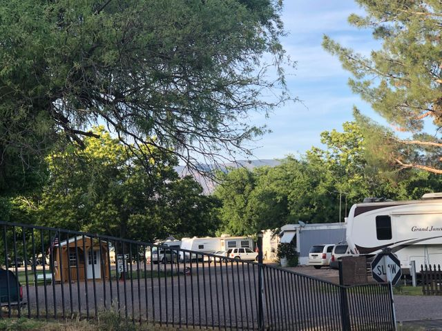 170 E Greenback Valley Road, Tonto Basin, AZ 85553