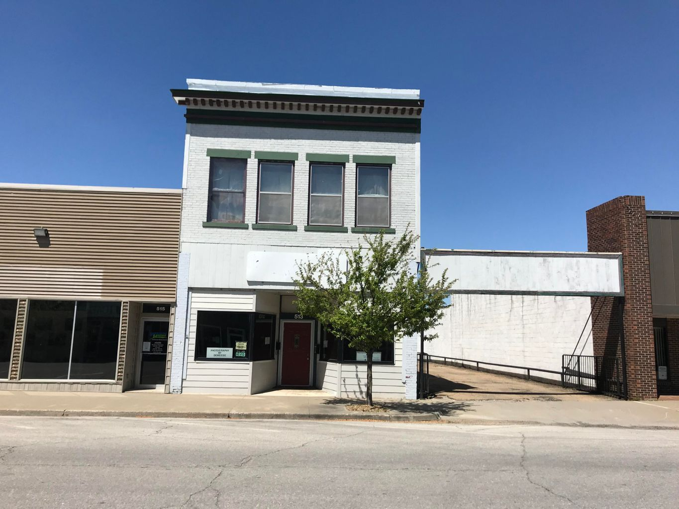 513 W REED ST, MOBERLY, MO 65270