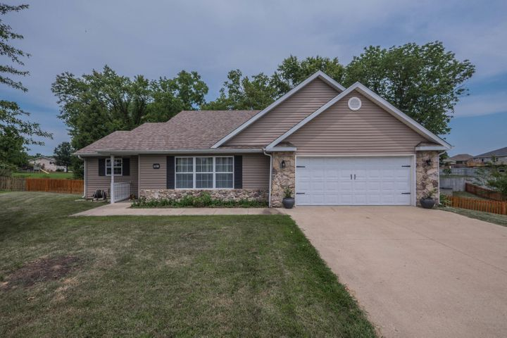 6298 N WATER CRESS CIR, COLUMBIA, MO 65202