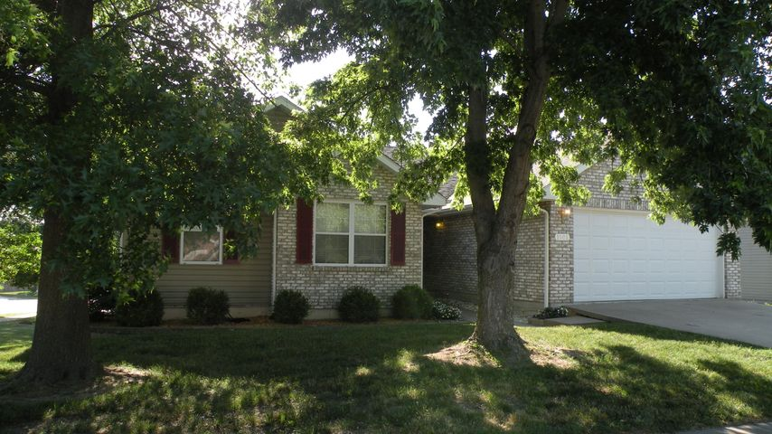 1901 MAYBERRY DR, COLUMBIA, MO 65202