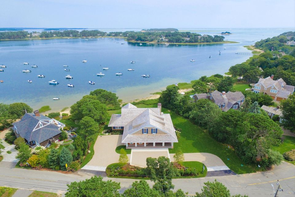 Cape cod luxury real estate for Cape cod luxury homes
