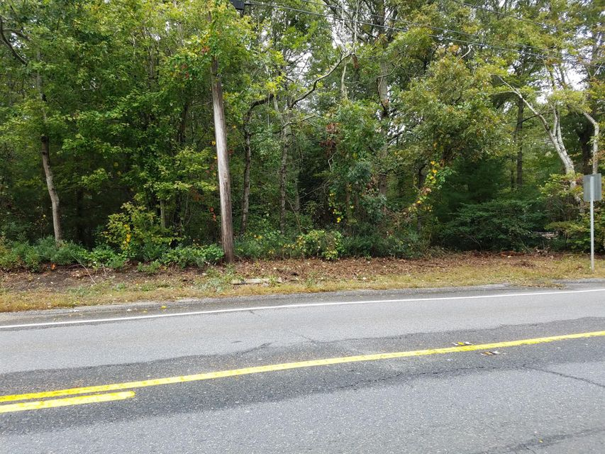 2156-falmouth-road-centerville