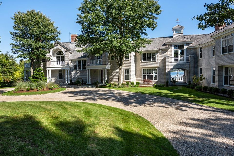 81--73-oyster-way-osterville