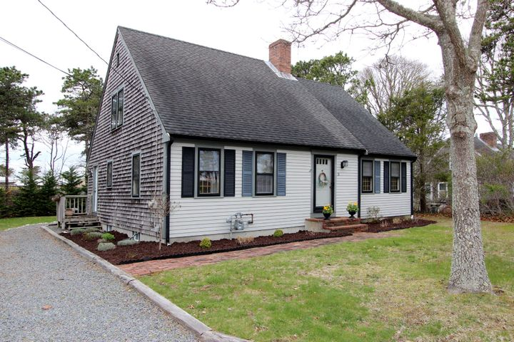 70 Middle Road, Chatham, MA 02633