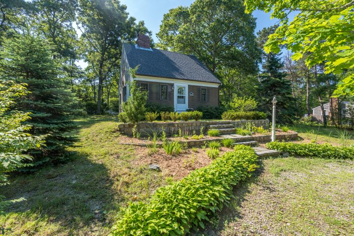 16 Lowell Drive, Orleans, MA 02653