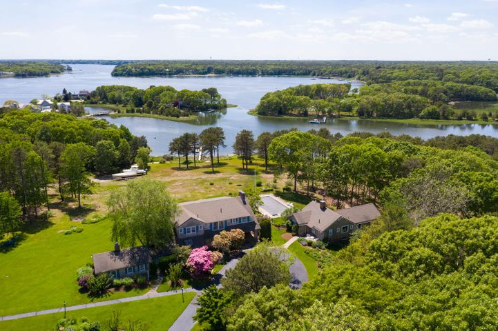 359 Seapuit Road, Osterville, MA 02655