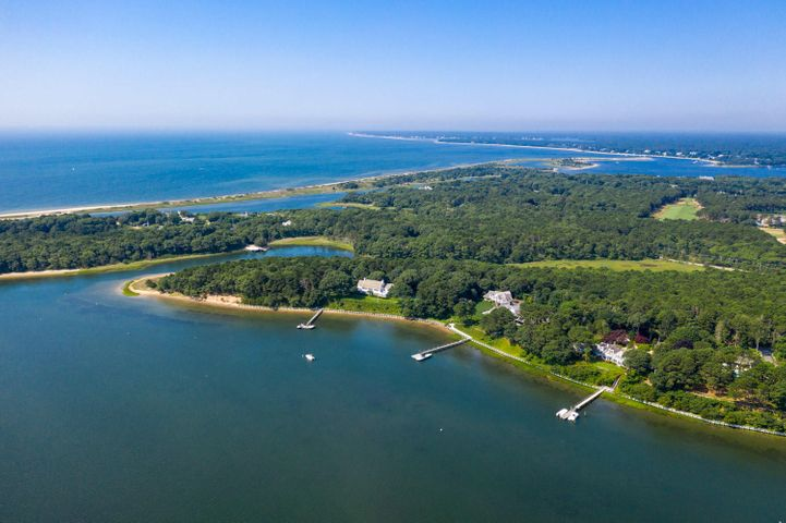 274 Carriage Road, Osterville, MA 02655