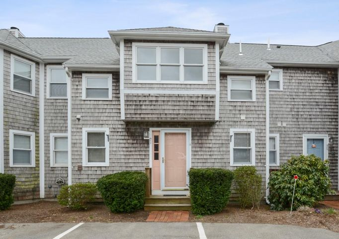 21 Harbor Hill Drive, Buzzards Bay, MA 02532