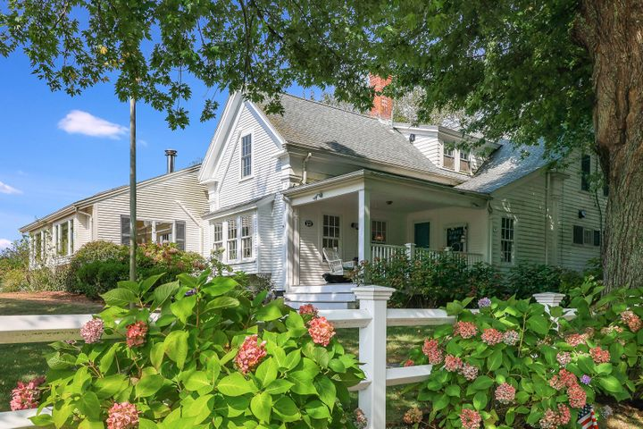 86 Queen Anne Road, Chatham, MA 02633