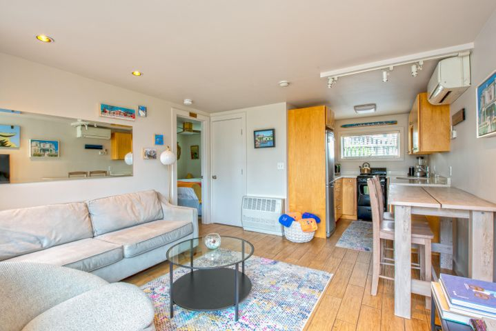 495 Commercial Street, 5, Provincetown, MA 02657