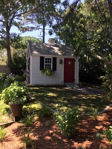 865 West Yarmouth Road
