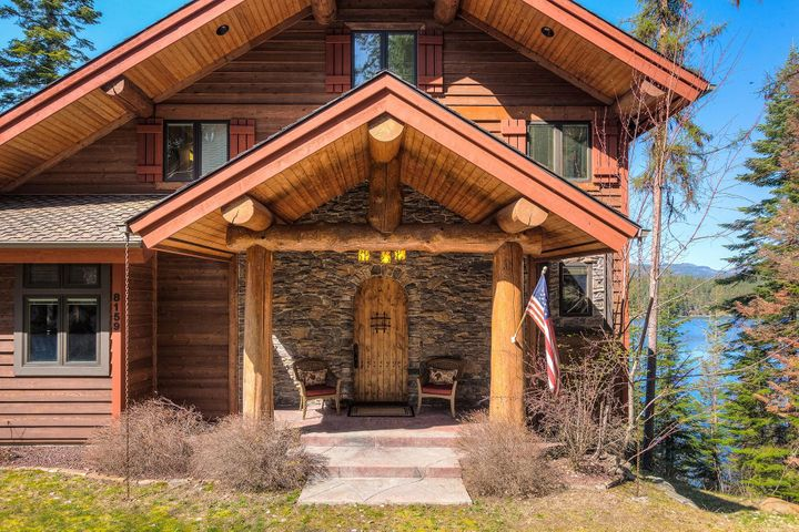 Step into the ultimate rustic elegant Hayden Lake beauty for lake living at its finest