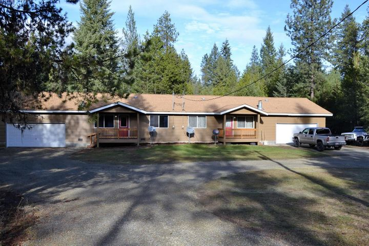 691 HOOP LOOP, Priest River, ID 83856