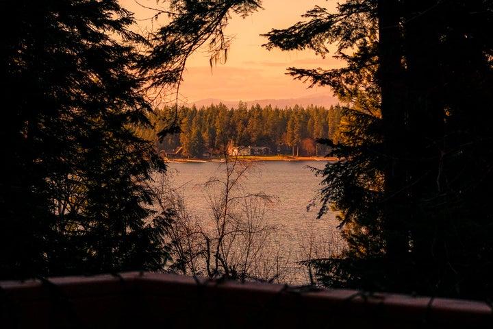 Gorgeous views of Hayden Lake