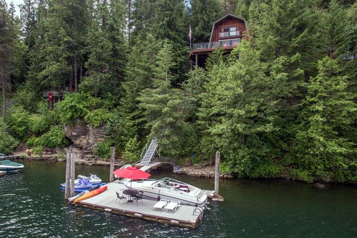 North Idaho Dream Lake Home