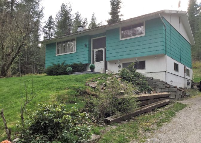 478 Electric Ave, Kingston, ID 83839