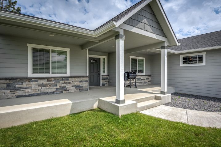 LT 1 E Grizzly Meadows Ct, Athol, ID 83801