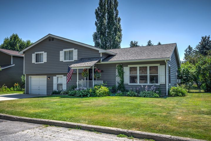 1721 Hickory St, Sandpoint, ID 83864