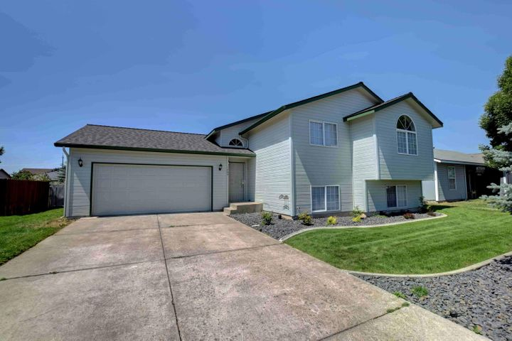 1745 N STAGECOACH DR, Post Falls, ID 83854