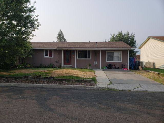 1618 E 2ND AVE, Post Falls, ID 83854