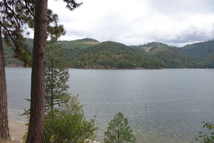 7800 W MT CARLTON DR, Spirit Lake, ID 83869