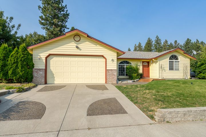 302 W 18TH AVE, Post Falls, ID 83854