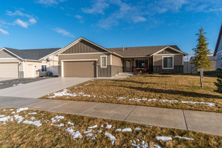 13470 N SHIMMERING CT, Rathdrum, ID 83858