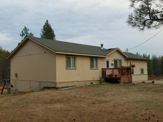 33988 N Newman Dr, Spirit Lake, ID 83869