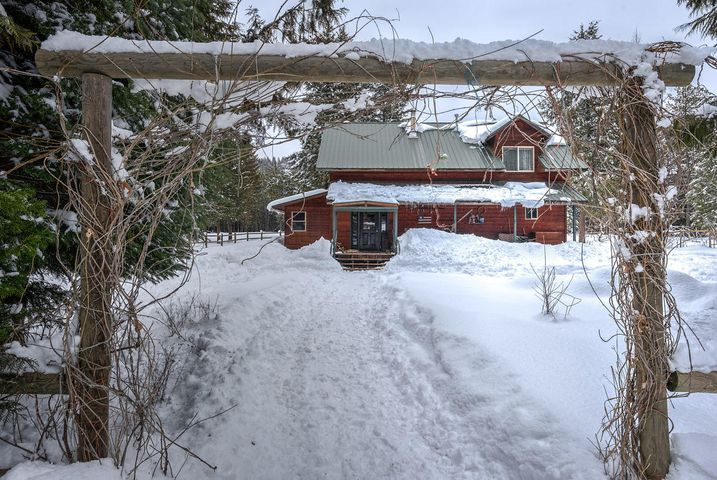 144 Dunromin Rd, Priest River, ID 83856