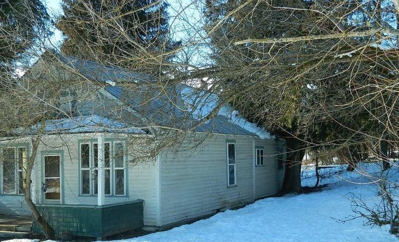 20 Cedar St, Priest River, ID 83856