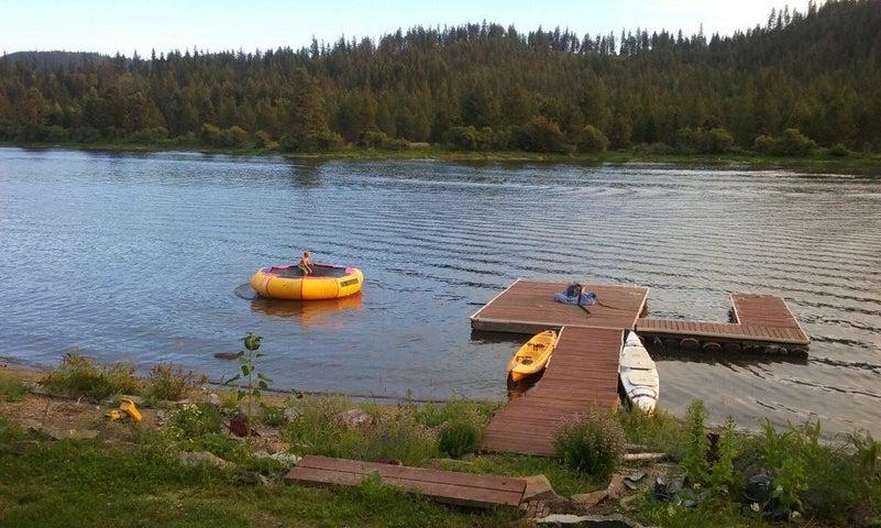 6860 W SALISHAN WAY, Spirit Lake, ID 83869