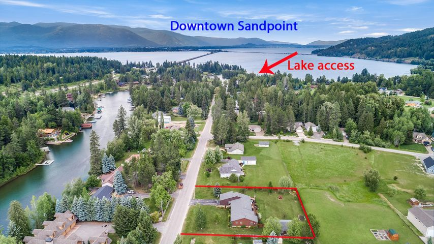 52 Birch Banks Rd, Sagle, ID 83860
