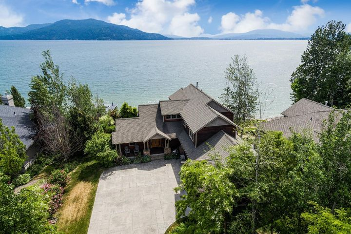 283 Crooked Ear Dr., Sandpoint, ID 83864