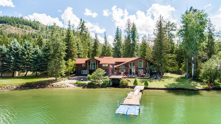 12261 Dufort Rd, Priest River, ID 83856