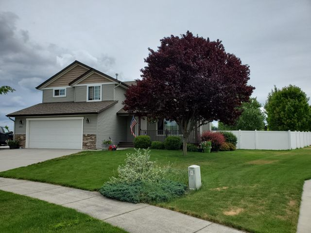 2822 W Blackberry LOOP, Hayden, ID 83835