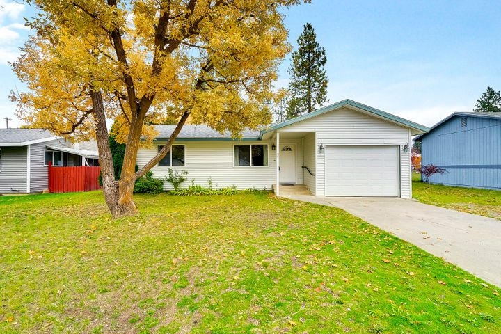 409 E 12TH AVE, Post Falls, ID 83854